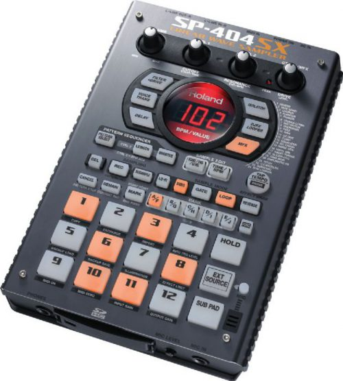 סמפלר נייד Roland SP-404SX