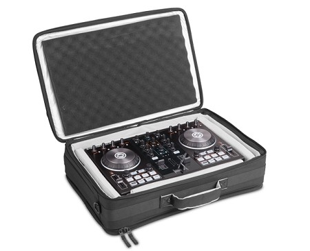 תיק לקונטרולר UDG Urbanite MIDI Controller FlightBag Medium Black